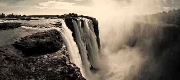 Vic Falls troy